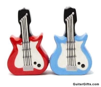 guitar-salt-pepper-shakers.jpg