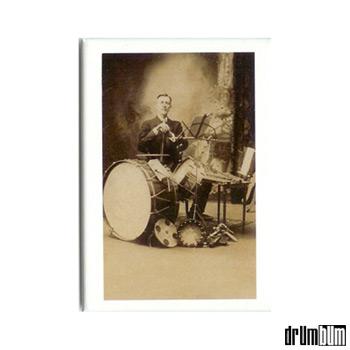 magnet-vintage-drummer.jpg