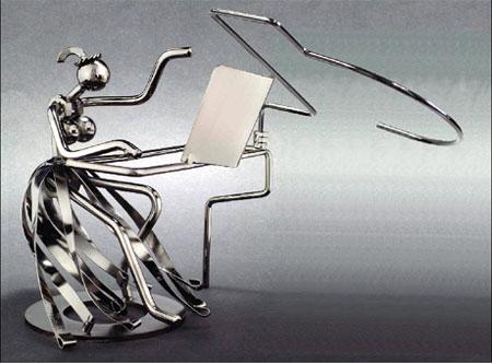 metal-piano-player.jpg