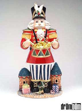 nutcracker-drummer-figurine.jpg