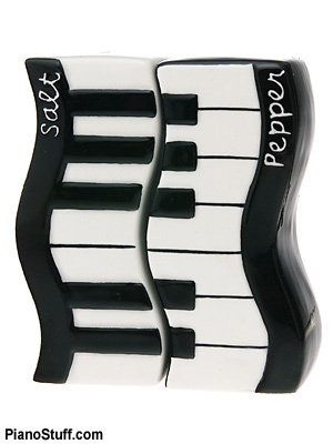 piano-salt-pepper-shakers.jpg