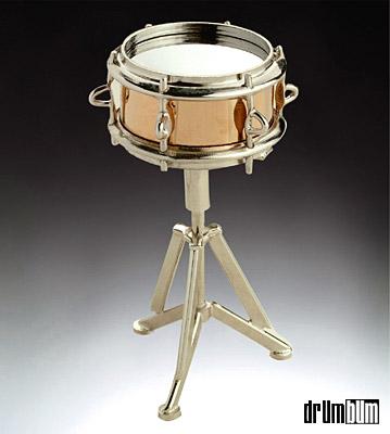 snare-drums-magnet.jpg