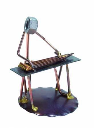 steel-guitar-figurine-sm-4.jpg