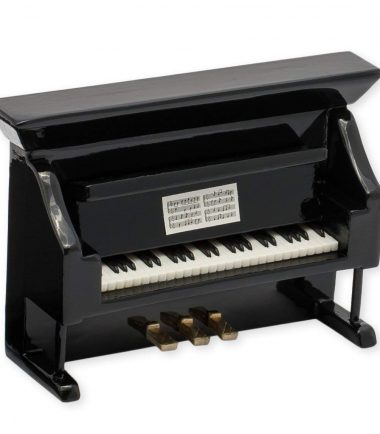 piano-magnet-side